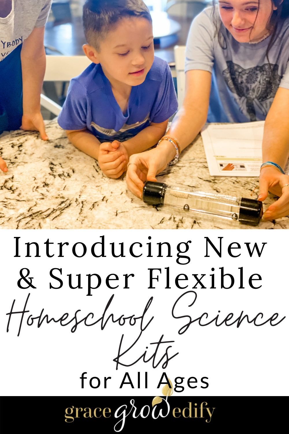 Check out these new homeschool science kits for kids of all ages! You will love how flexible they are and can be added to any curriculum. #homeschool #homeschoolscience #sciencekit #homeschoolsciencecurriculum #sciencecurriculum #homeschoolcurriculum